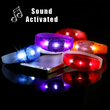 NEU Full Color Sound Sensor active LED leucht Armband Musik Activated SILIKON BRACELET 6,8 x 1,2 GF